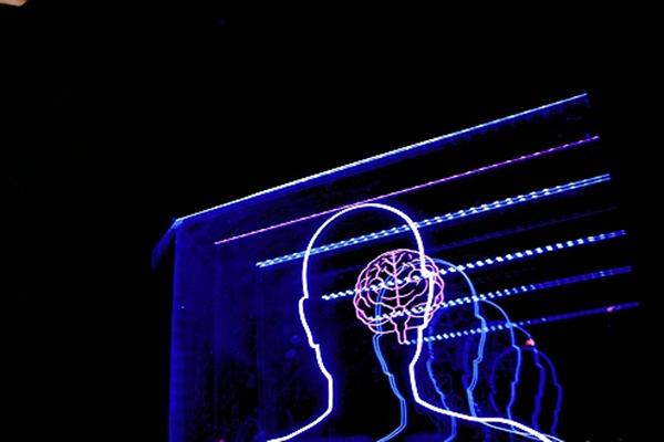 可模仿人类大脑处理信息,科学家首次发明了这样的纳米装置