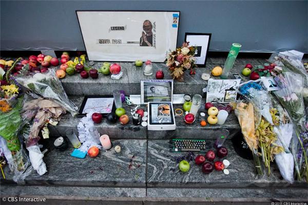 """2011年——""""苹果之父""""乔布斯离世"""