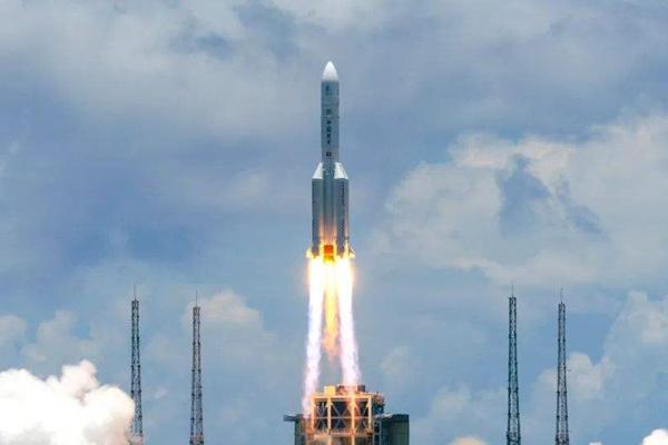 """中国首次火星探测任务探测器""""天问一号""""成功发射"""