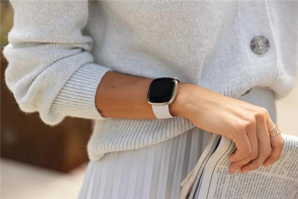1Fitbit全新智能手表和健身追踪器细节汇总