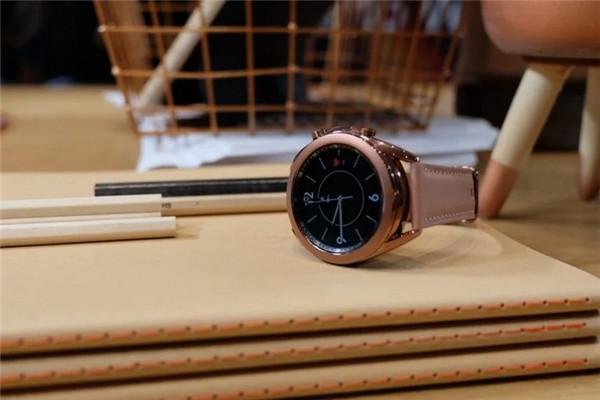三星Galaxy Watch 3